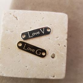 Bracelet cordon plaque gravée Love Initiale